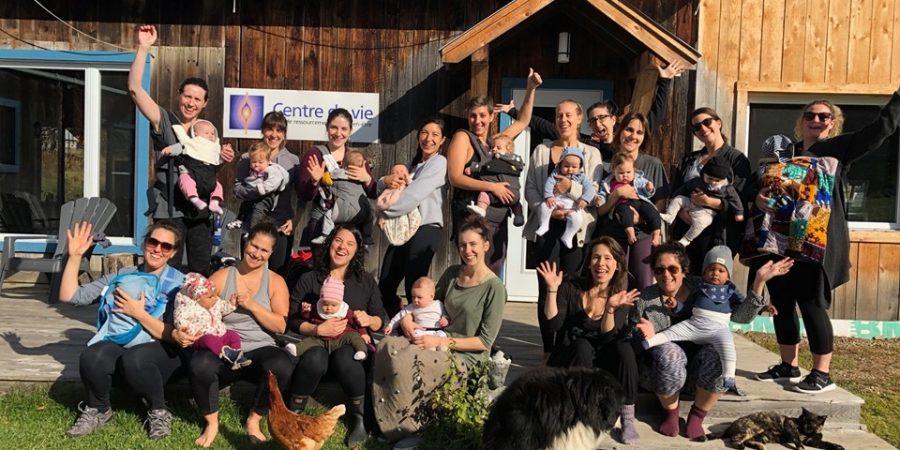 activité maman-bébé, yoga maman-bébé, centre de vie, soham yoga, retraite de yoga